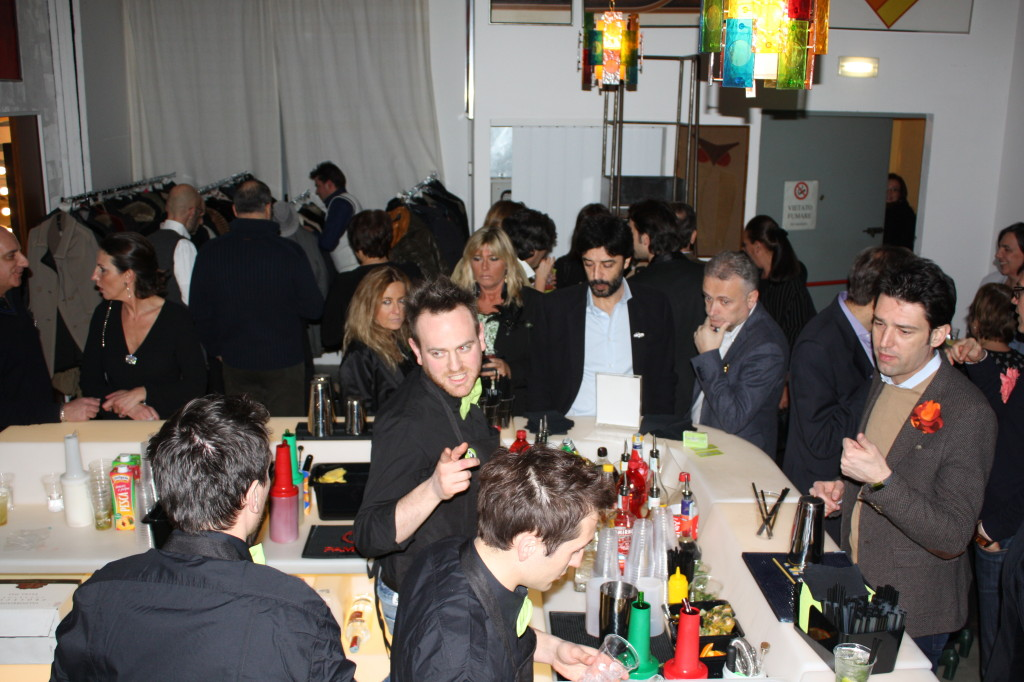 Compleanno - Spilla Party - InANDout - Milano